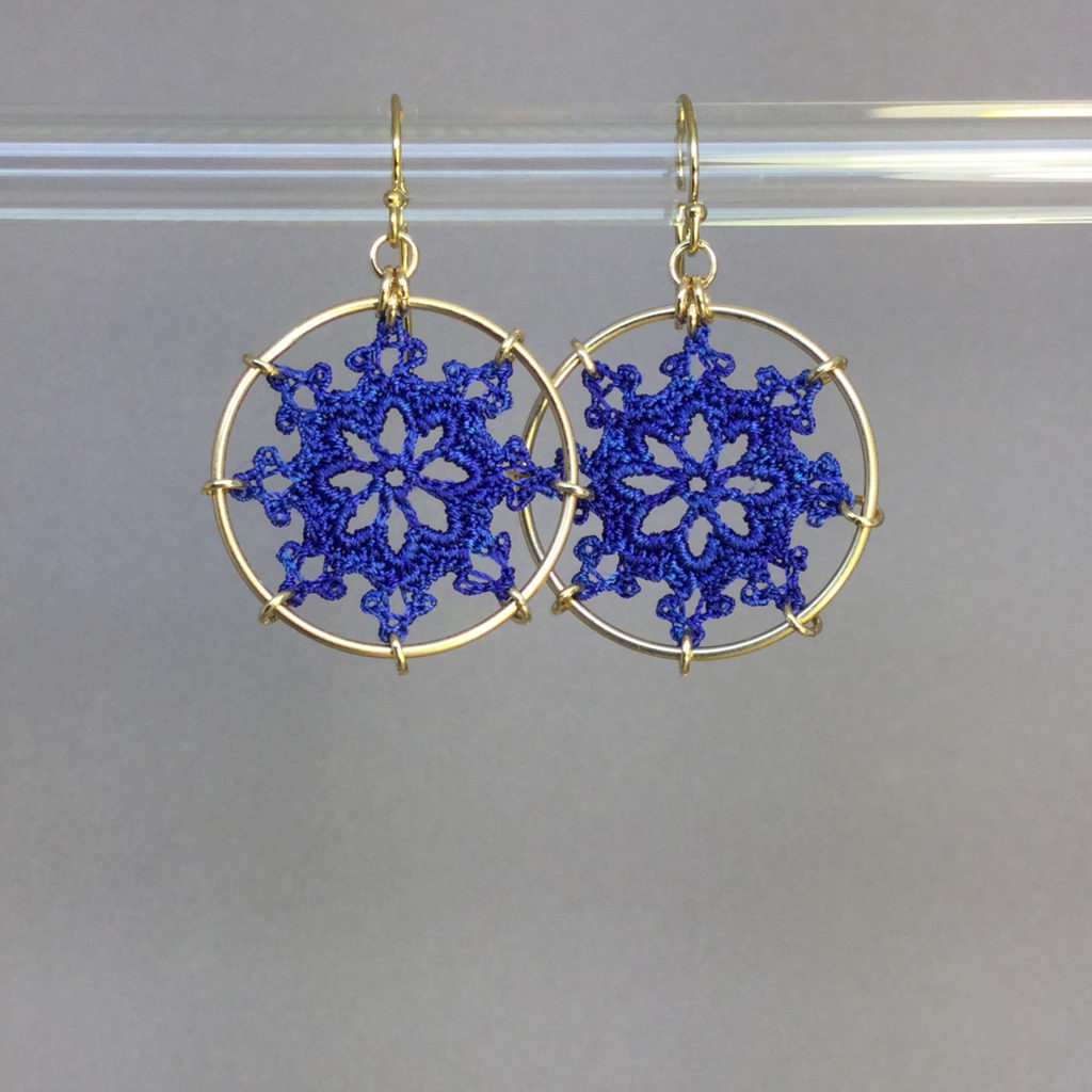 Nautical earrings, gold, blue thread