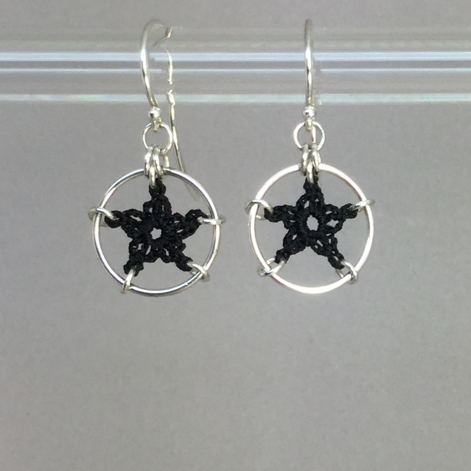 Stars earrings, silver, black thread
