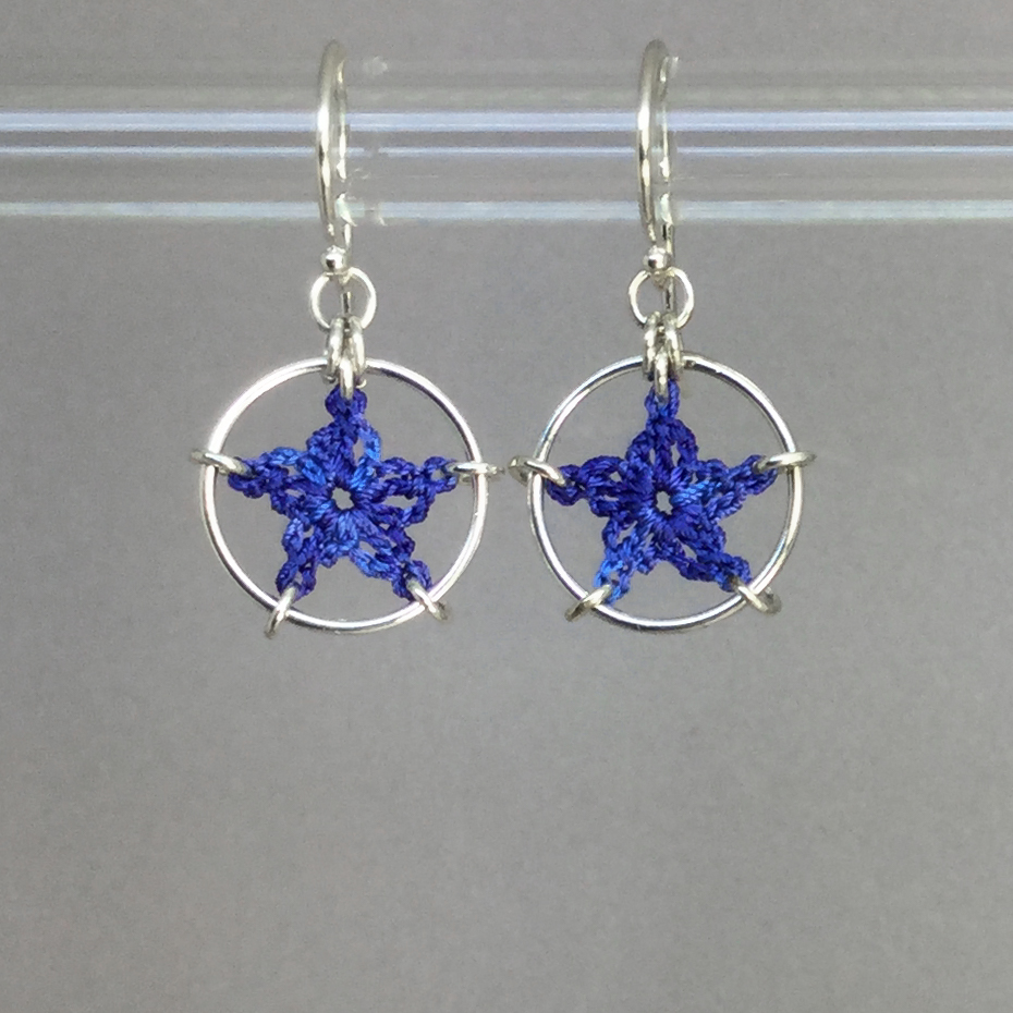 Stars earrings, silver, blue thread