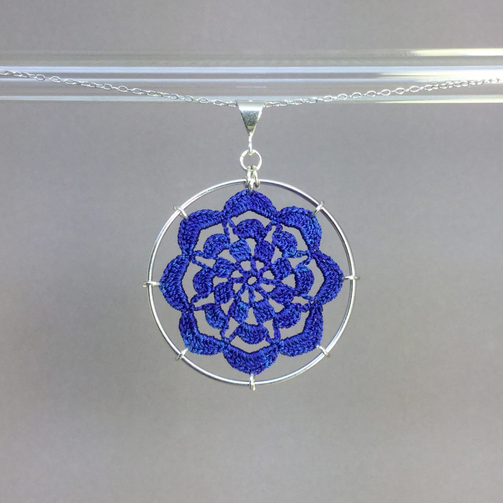 Serendipity necklace, silver, blue thread