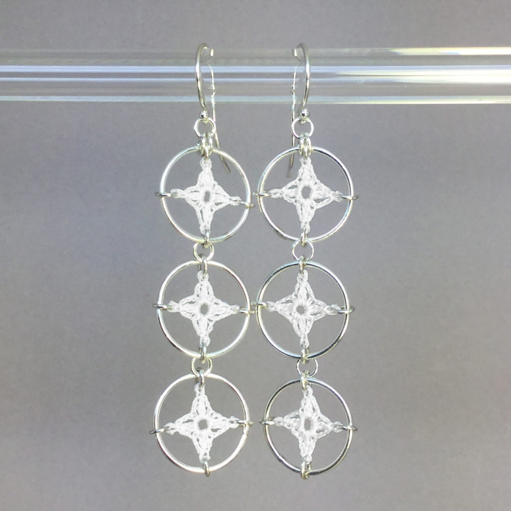 Spangles 3 earrings, silver, white