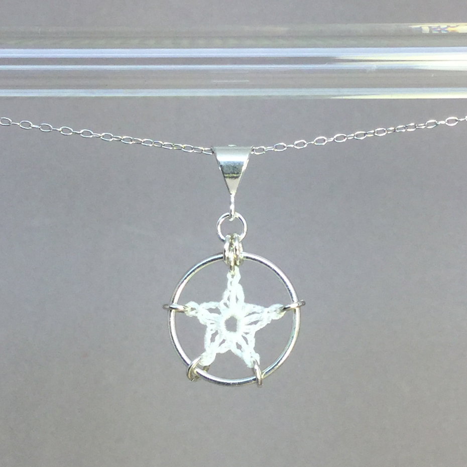 Stars necklace, silver, white