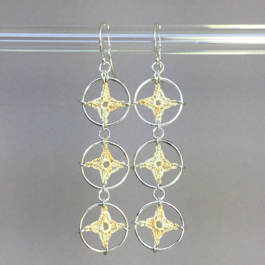 Spangles 3 earrings, silver, french vanilla thread