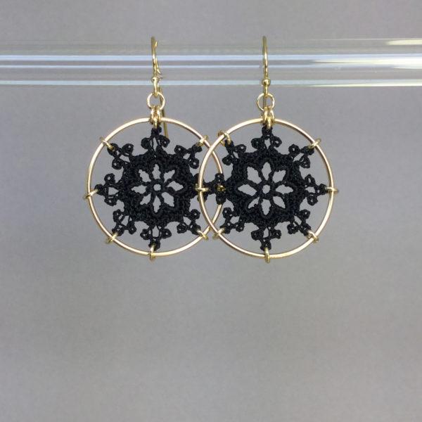 Nautical earrings, gold, black thread