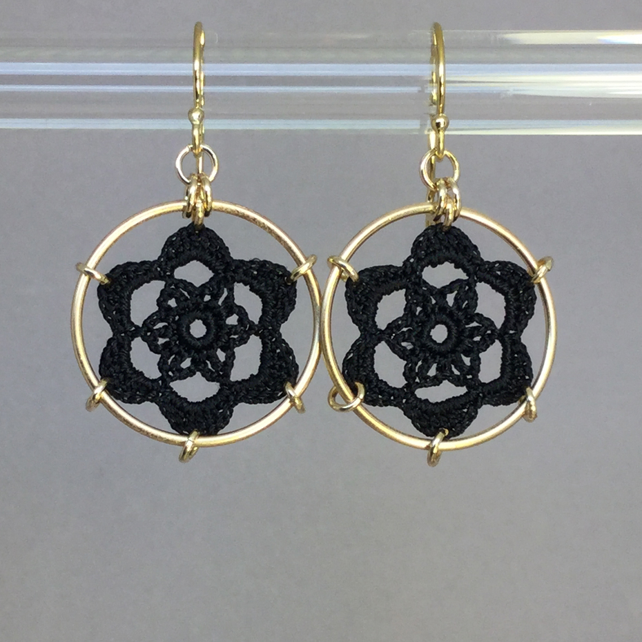 Peony earrings, gold, black thread