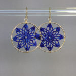 Tavita earrings, gold, blue thread