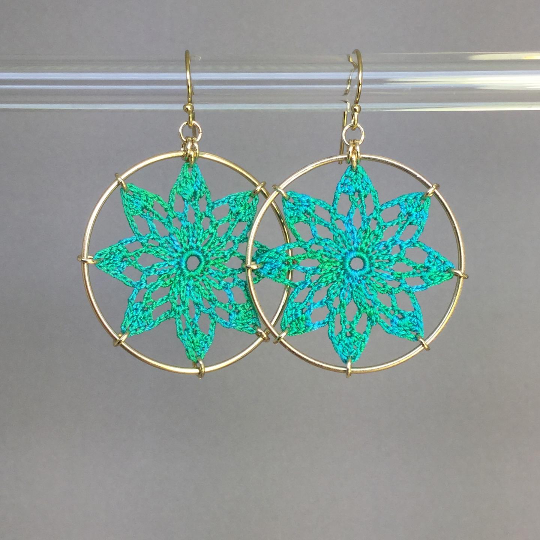 Tavita earrings, gold, shamrock green thread