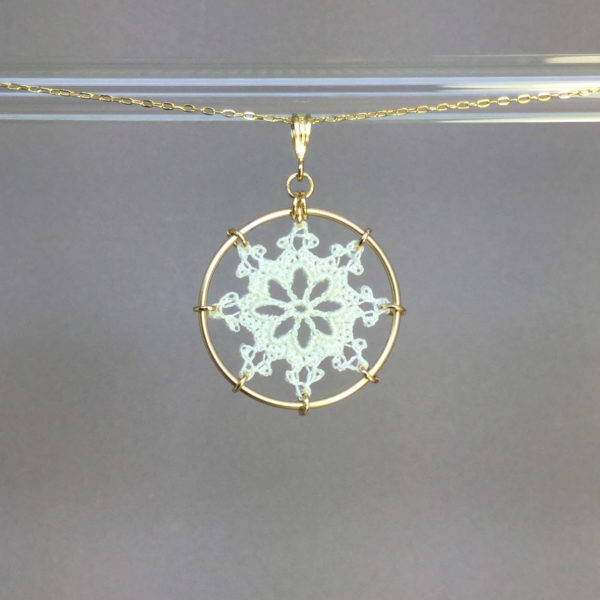 Nautical necklace, gold, white thread