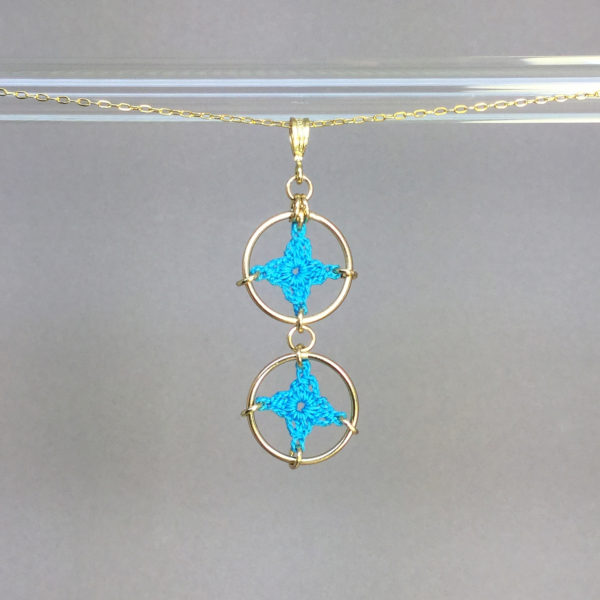 Spangles 2 necklace, gold, turquoise thread