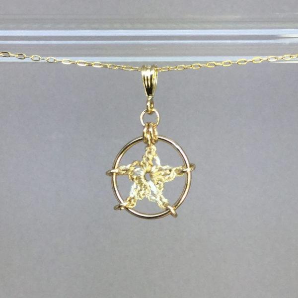 Star necklace, gold, french vanilla thread