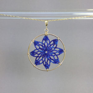 Tavita necklace, gold, blue thread