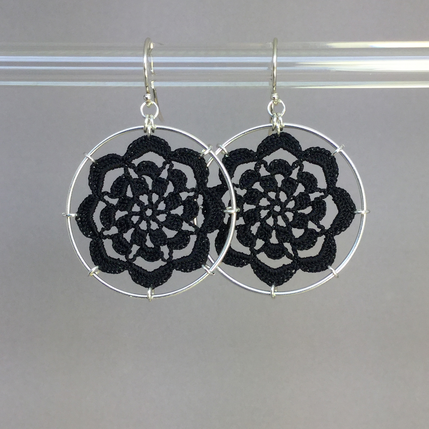 Serendipity earrings, silver, black thread