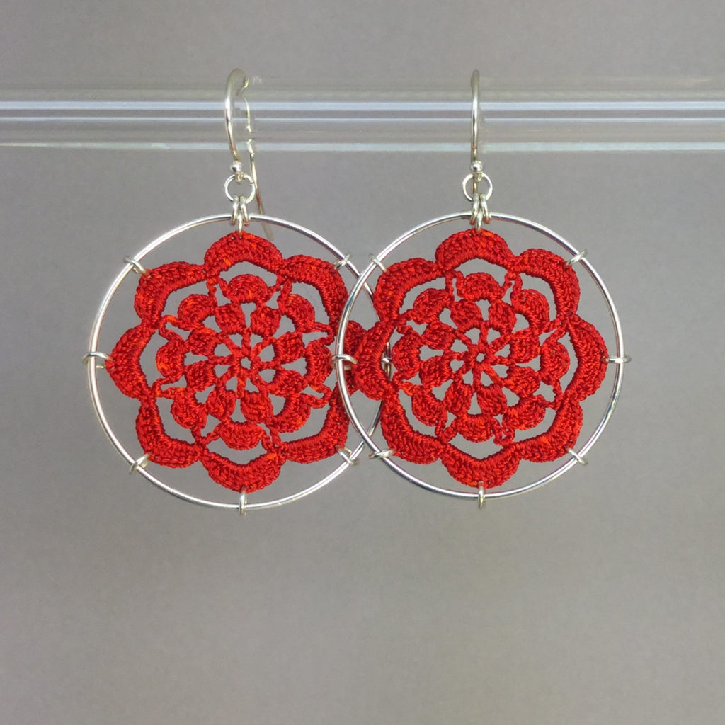 Serendipity earrings, silver, red thread
