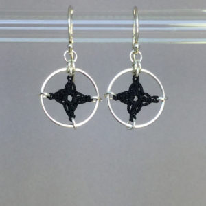 Spangles 1 earrings, silver, black thread