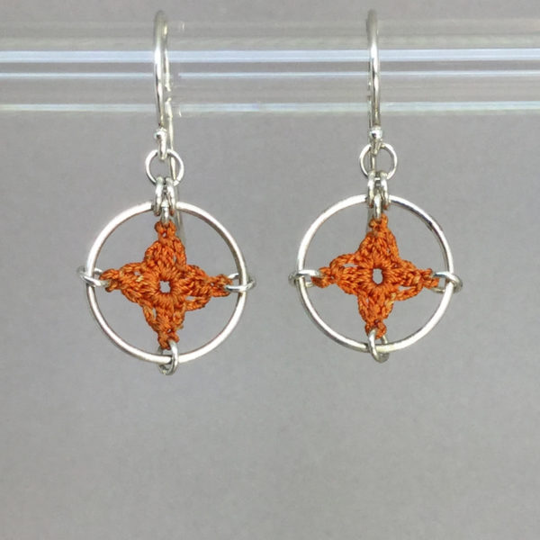 Spangles 1 earrings, silver, orange thread