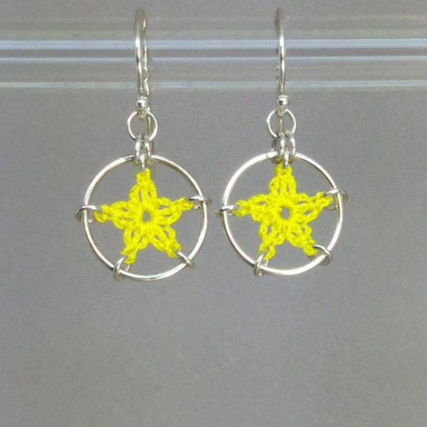 Stars earrings, silver, yellow thread