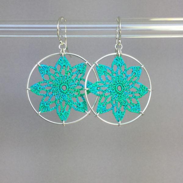 Tavita earrings, silver, shamrock green thread