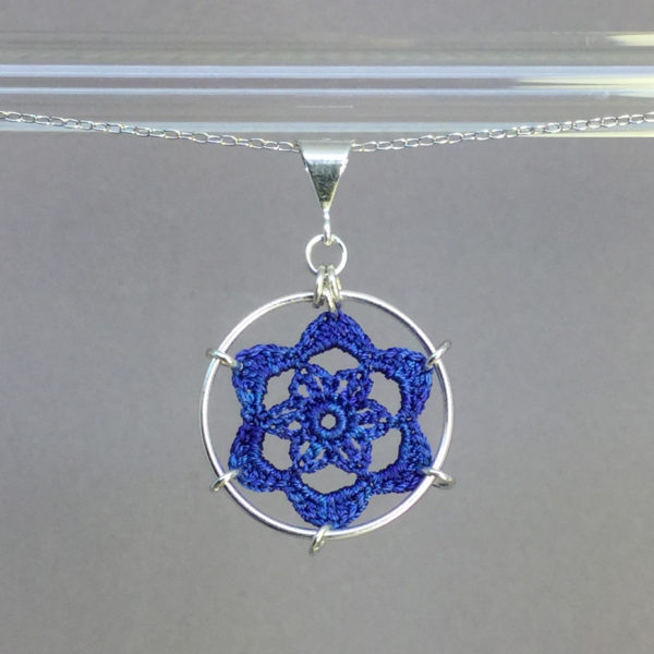 Peony necklace, silver, blue thread