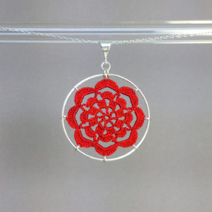 Serendipity necklace, silver, red thread