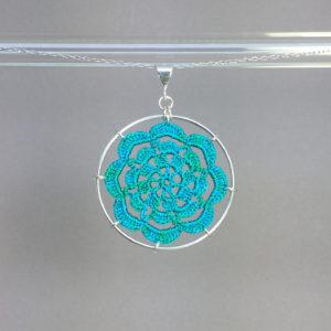 Serendipity necklace, silver, shamrock green thread