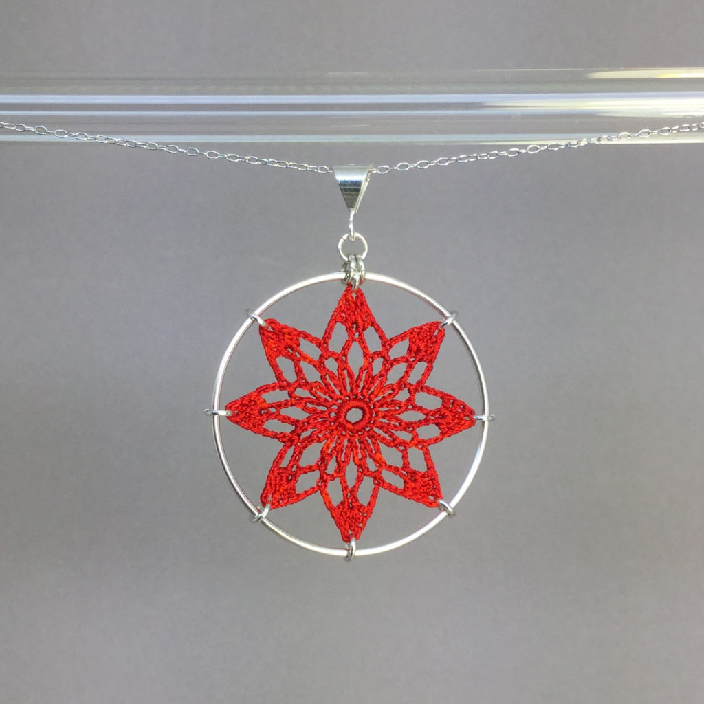 Tavita necklace, silver, red thread