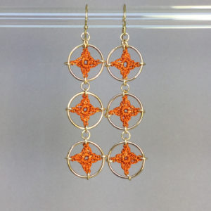Spangles 3 earrings, gold, orange thread