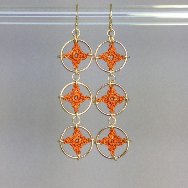 Spangles 3 earrings, gold, orange thread