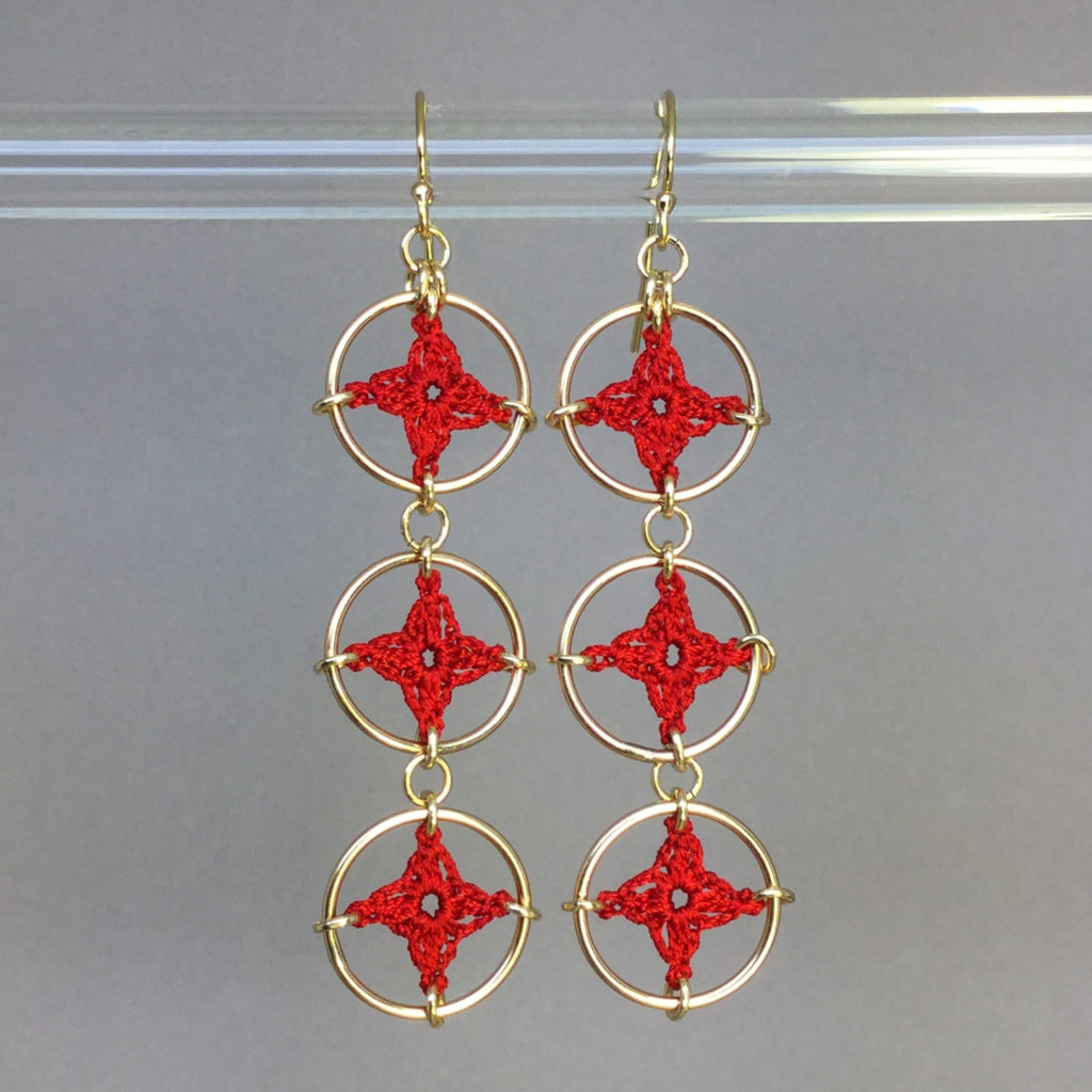 Spangles 3 earrings, gold, red