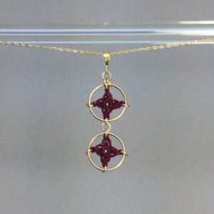 Spangles 2 necklace, gold, maroon thread