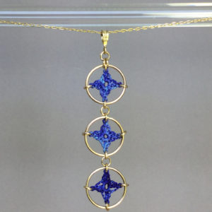Spangles 3 necklace, gold, blue