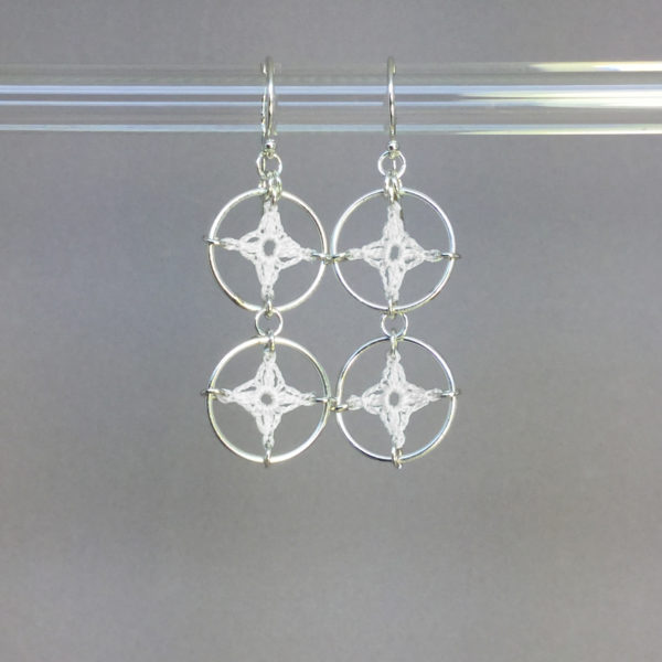 Spangles 2 earrings, silver, white