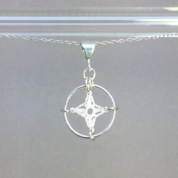 Spangles 1 necklace, silver, white