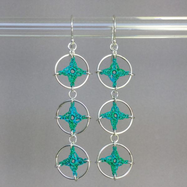 Spangles 3 earrings, silver, shamrock green thread