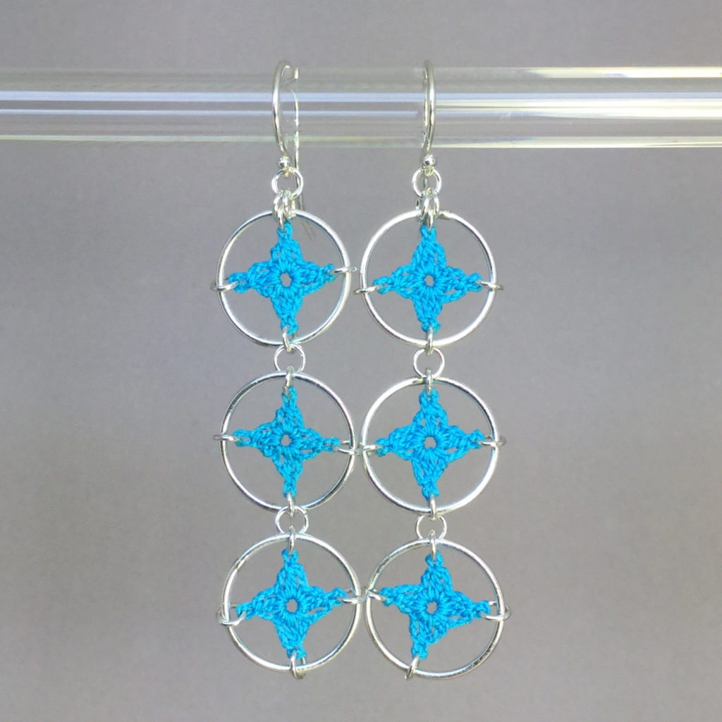 Spangles 3 earrings, silver, turquoise thread