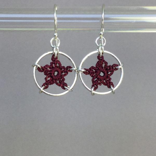 Stars earrings, silver, maroon thread